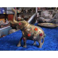 Слон 9*10 см.