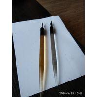 Две ручки из орг стекла для педагога СССР.