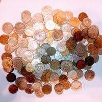1 килограмм монет Европы . 3 .
