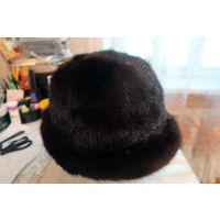Шляпка женская из коричневой норки. Размер 57.