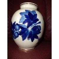 Великолепная фарфоровая ваза. Кобальт, золото, 50-е годы