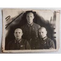 Курсанты летного училища 30-е годы, знаки парашютист, ГТО.