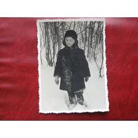 Фотография 1940-х девочка в шубе