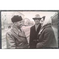 Минск. Фото на ул.Козлова (1). Конец 1950-начало 1960 -х. Зеркальное отображение. 9х14 см.