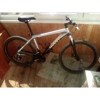 Велосипед Giant (26'', дисковые тормоза)