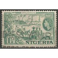 Нигерия. Королева Елизавета II. Сбор урожая. 1953г. Mi#73..