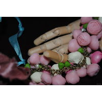 """Дивный браслет полностью ручной работы в ед./экз. исполненный из полимерной глины: """"Мария Антуанетт@/Marie-Antoinet te""""., - *в нём каждый бутон розы, говорит сам за себя, как живая клеточка, и будто б"""