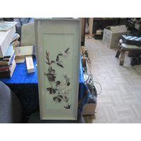 Птицы и цветы под стеклом в деревянной раме 61х23 см.
