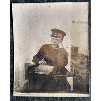Фото военнослужащего. 1940 г. 8.5х10.5 см.