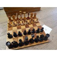Шахматы советские, дерево, резные. Комплект 4.
