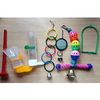 Кормушки, игрушки, аксессуары для птиц