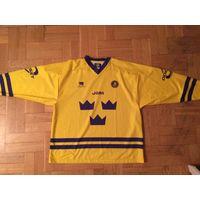 Джерси сборной Швеции по хоккею 2000-е годы.