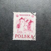 Марка Польша 1952 год Замок Надзица