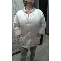 Куртка демисезонная ,размер 46-48 Белая