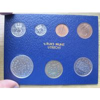 Нидерланды годовой сет монет 1979 с юбилейными 2,5 гульденами 400 лет Утрехтской унии в банковской упаковке - UNC