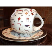 Интересная фарфоровая чайная пара. Египет