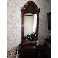 Антиквариат.Мебель. Зеркало с тумбой. 19й век . Красное дерево-пламя