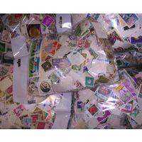 Суперлот! --- 1 кг марок со всего Мира в запаяных пакетах --- За вашу цену!
