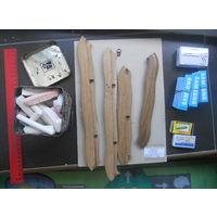 Мел, мелок для рисования, рамка, скрепки, скобы для степлера, реклама.