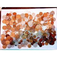 Более 370 монет разных стран мира не с рубля .