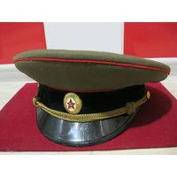 Повседневная общевойсковая фуражка советского офицера