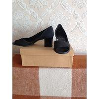 Туфли женские новые на каблуке