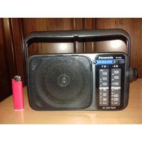 Радиоприёмник  Panasonic RF-2400  рабочий