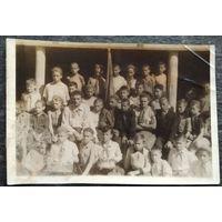 """Пионеры 1950-х. Фото 1-го отряда в пионерском лагере """"Прилуки"""". 1950 г. 8х12 см."""
