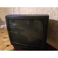 Телевизор цветной Горизонт, по диагонали 52 см. Отлично работает. Высота 46 см, ширина 49 см, глубина 47 см. Помогу с доставкой. Есть к нему журнальный столик.