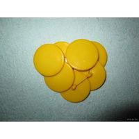 Большие желтые пуговицы (пластиковые на ножке), 28 мм