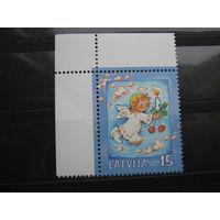 Марка - Латвия - праздники - С Новым годом и Рождеством 2004, ангелочек