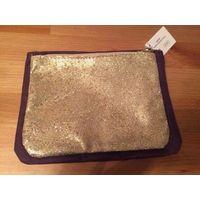 Косметички набор: фиолетовая 20*15 см и золото 17*13 см. Новая, отличный подарок.