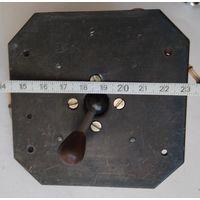 Механизм (манипулятор) управления резисторами и т.п.