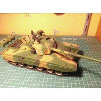Модель танка Type 98, собранная и окрашенная, масштаб 1/35.