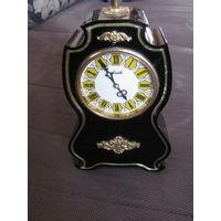 Часы Агат.