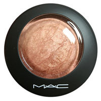 Хайлайтер MAC Mineralize Skinfinish Soft&Gentle
