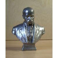 Бюст Шевченко. Монументскульптура 1960 г.