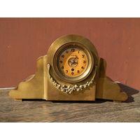 Большие бронзовые часы, не рабочие