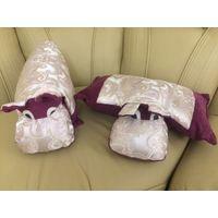 Подушки Очаровательные бегемоты. Размер 47 на 30 см в развернутом виде см. Состояние б/у вещи, хорошее. Продаю парой. Цена указана за две подушки.