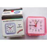 Часы будильник Quartz Alarm Clock [новые]