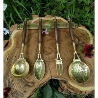 Набор кухонных предметов с подвесом ложки поварешки латунь дерево