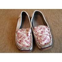 Туфли Котофей для девочки 28 размера (даром)