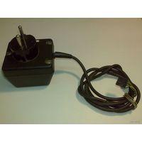 Блок питания (сетевой адаптер), перем. тока на 2 напряжения