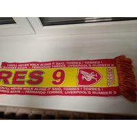 Шарф спортивного клуба Ливерпуль . Игрок #9 Торрес.