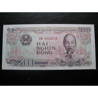 ВЬЕТНАМ 2000 ДОНГ 1988 ГОД UNC