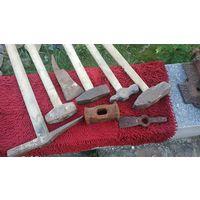 Молотки тяжёлые специальные и для кузнечных работ.