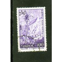 Марокко. Mi:MA 405. Поселение в Атласских горах.Пальмы.1955.