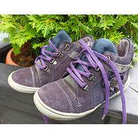 Фирменные ботинки натуральный замш р.26