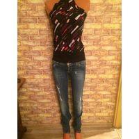 Стильные модные джинсы Edc на стройняшку размер 26, длина 108 см, поталии 37 см состояние хорошее