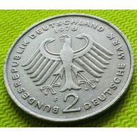 """2 дойч-марки F 1978 года ("""" 20 лет ФРГ"""")Надпись на гурте."""